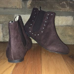 Brown Ankle Booties. Size 7.
